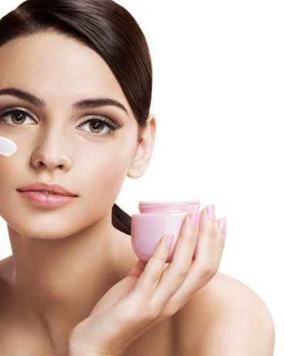 6 Tips To Get Maximum Benefits From Your Moisturizer