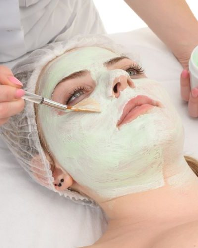 5 Reasons You Need To Start Masking Your Face Right Now